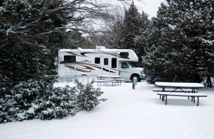 rvs-are-great-for-camping-in-the-snow-plus-you-dont-have-to-worry-about-dealing-with-crowds